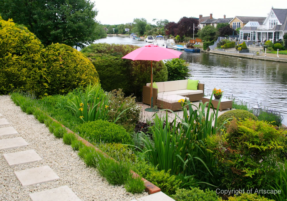 Riverside garden design berkshire artscape for Landscape design examples