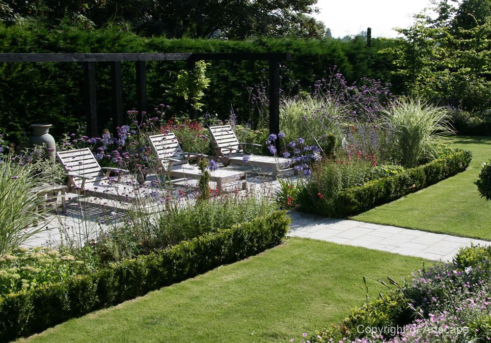 cottage garden, Surrey